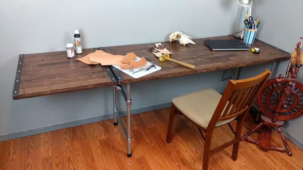 Finished desk with the extension wing in use.