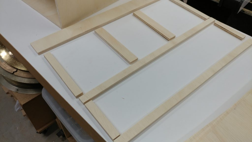 The indicidual pieces for the front are laid out.