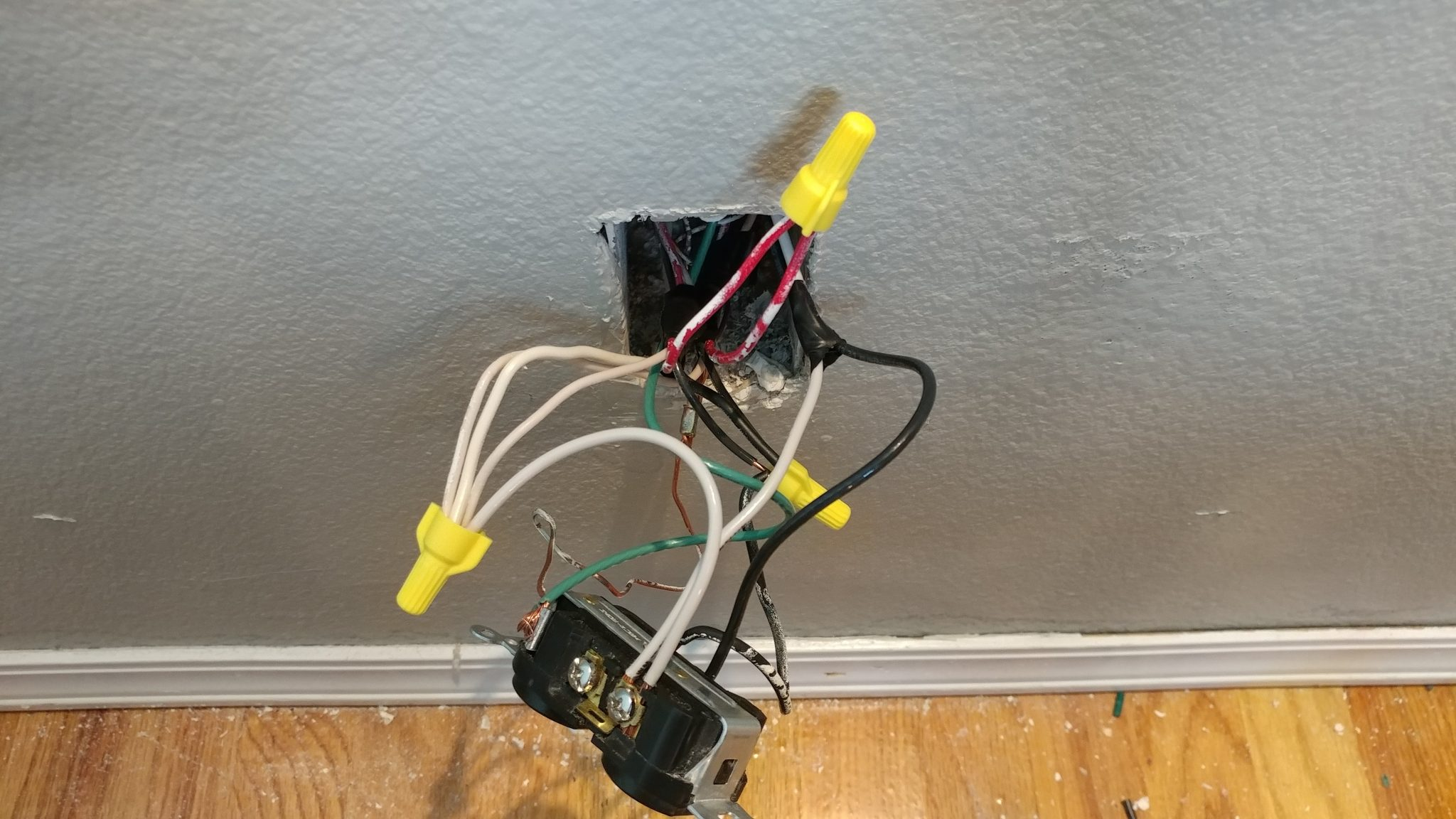 Wire Light Switch With Plug